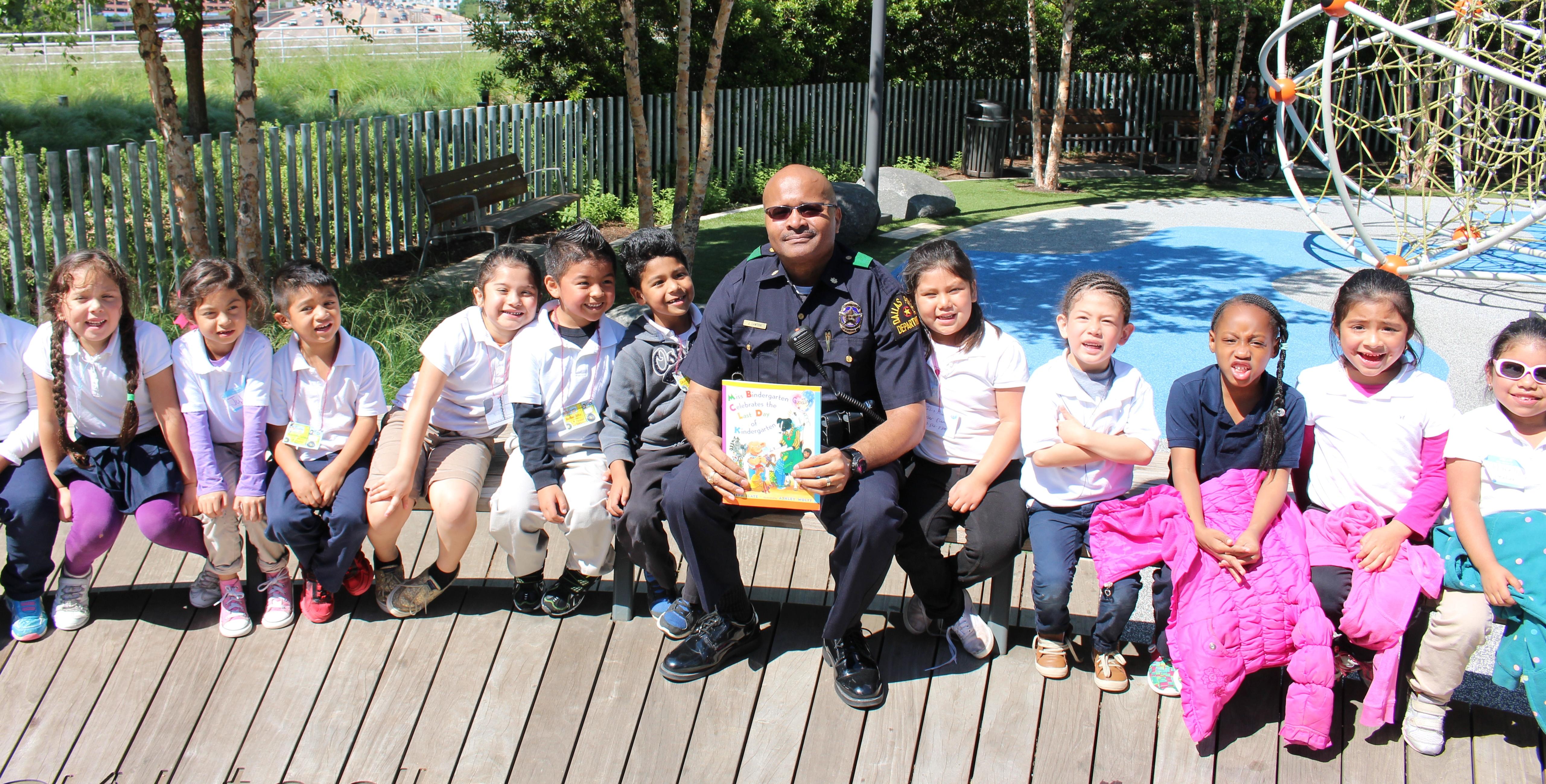 Policía Easton suelte fotos de sospechoso vehículo s que pueden estar ofreciendo caramelos a los niños (que ofrecen dulces niños)