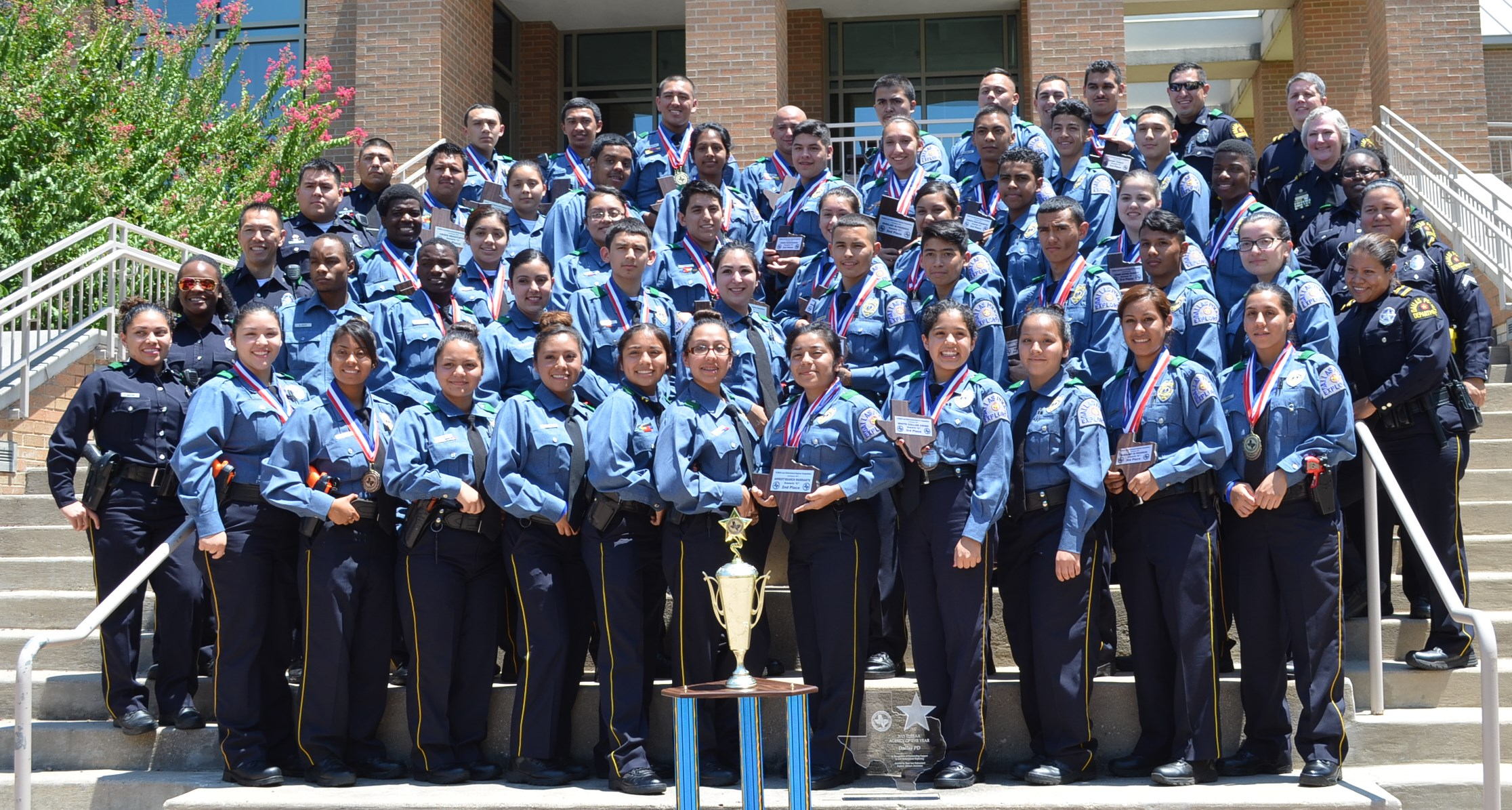 2015 TLEEAA Agency Award Goes To the Dallas Police Explorers!! | DPD
